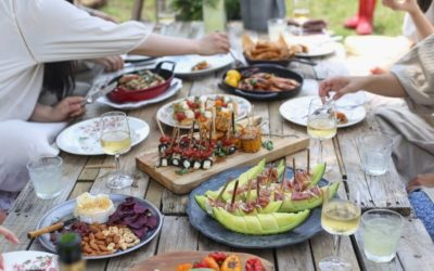 Meilleures tables de jardin en bois – Guide d'achat 2021